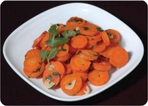 carrot with garlic and cilantro